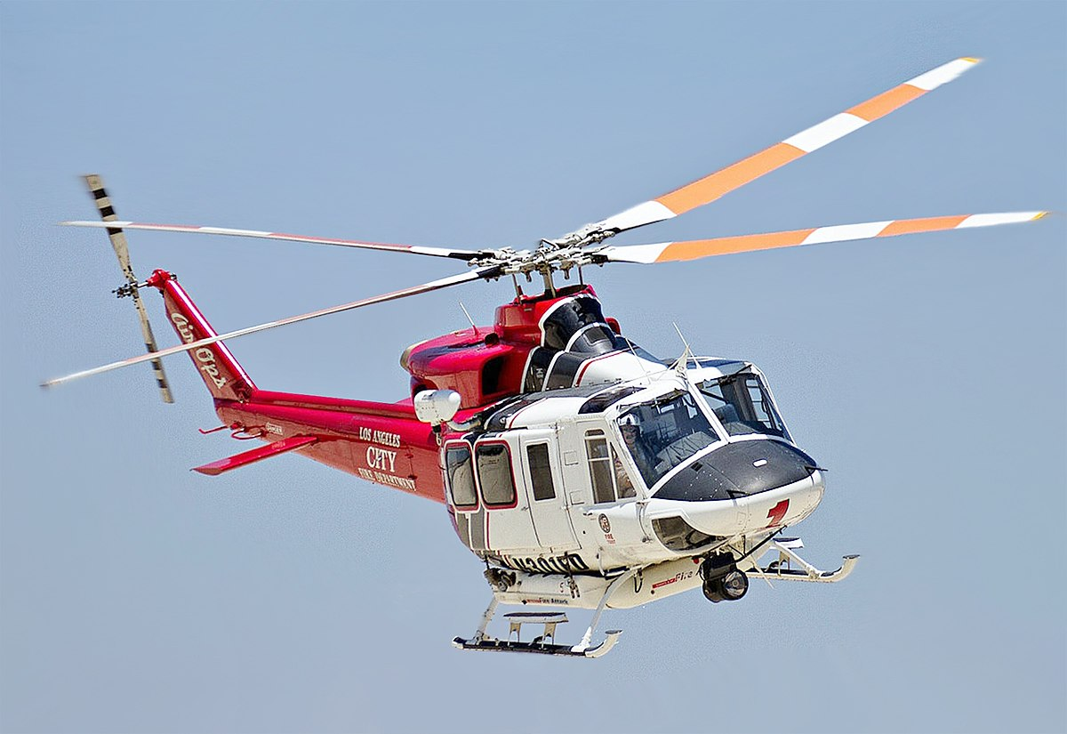 1200px-LAFD_Bell_412_cropped