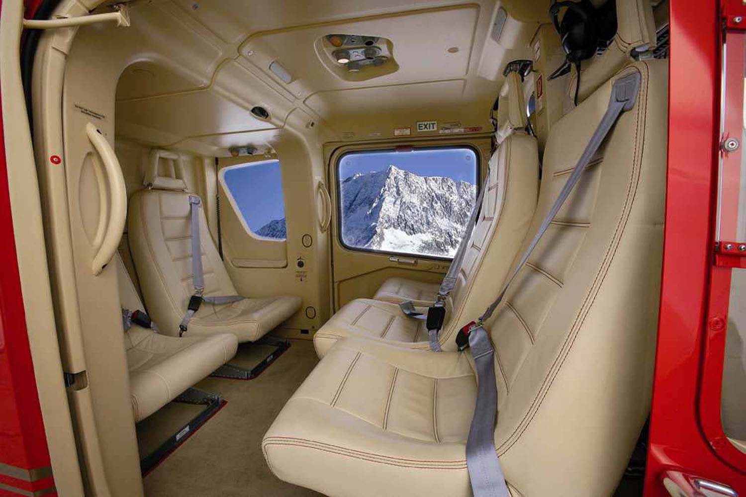 Megeve-Helicopters_Eurocopter-EC135-Interior